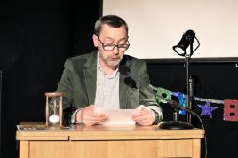 Michael Wäser ließ Frank Georg Schlossers Geschichte, wie sie ist - im Grunde.